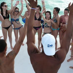 dominican-republic-punta-cana-things-to-do-must-do-excursions-tours-attractions-snorkel-party-boat-catamaran-toursnation-parasailing6