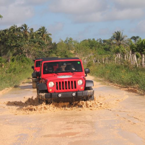 punta-cana-excursion-things-to-do-attraction-activities-super-jeep10