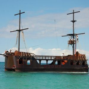 punta-cana-things-to-do---caribbean-pirates---snorkeling---sharks---rays---tours-nation---toursnation---punta-cana7